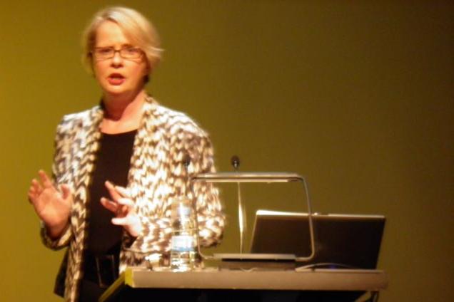 Virtuts – Joanna Bourke en el CCCB